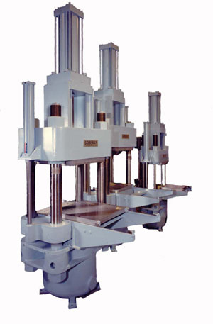 Custom Molding Press with Enhanced Automation
